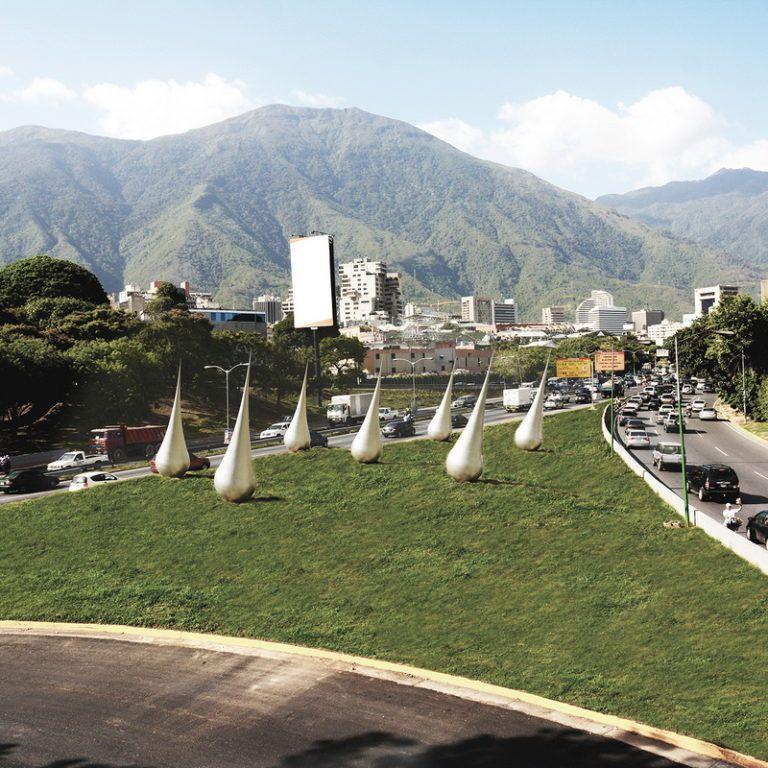 Las esculturas en Caracas