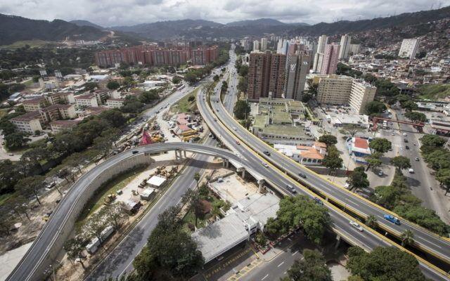 Viaducto conexión de las autopistas Valle Coche y Norte Sur