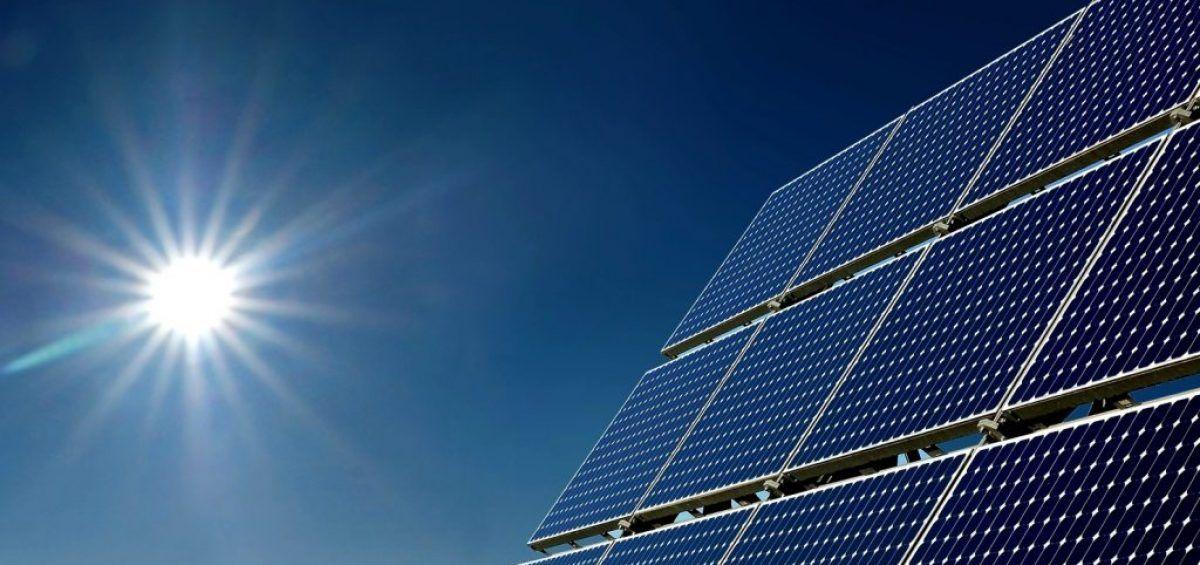Desarrollo de la energía solar en Venezuela, vacilar es perderse
