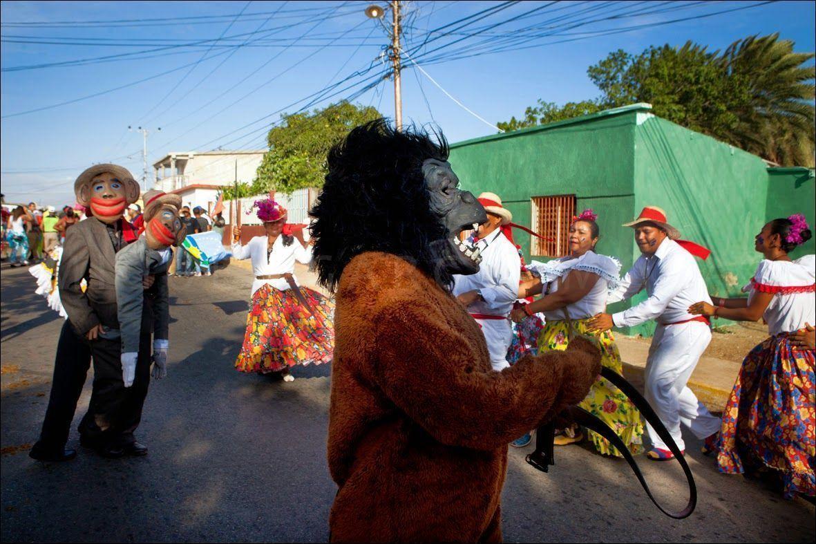 En Caicara baila el mono