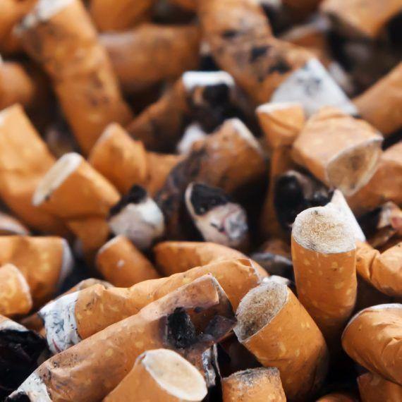 Las colillas de cigarro son un cáncer para el planeta