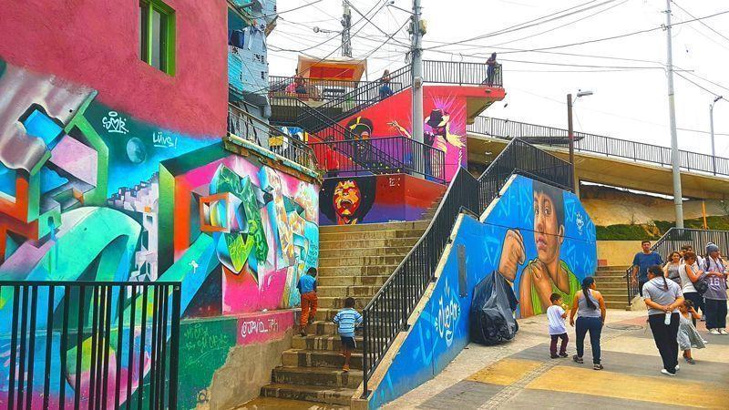 Medellín, la ciudad de las paredes parlantes