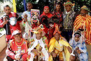 Los Diablos Danzantes de Corpus Christi marcaron el camino