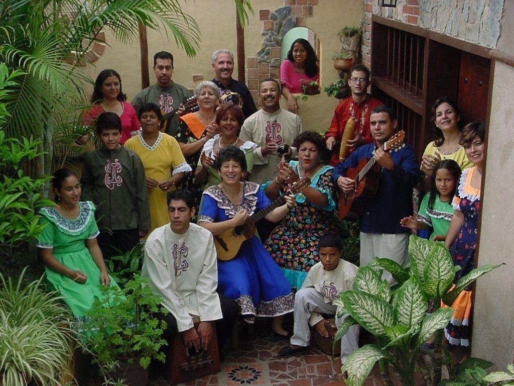 Las Voces Risueñas de Carayaca siete décadas de alegría navideña