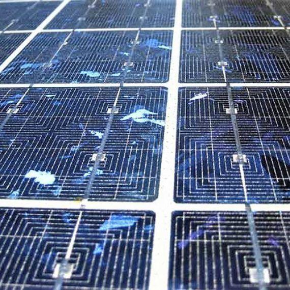 Nuevo método permite mejor reciclaje del silicio de módulos solares